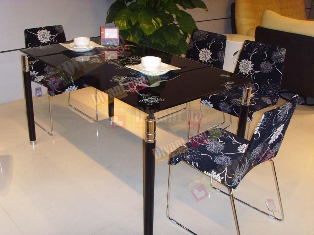 Продам стол стеклянный с полкой ,с рисунком 120