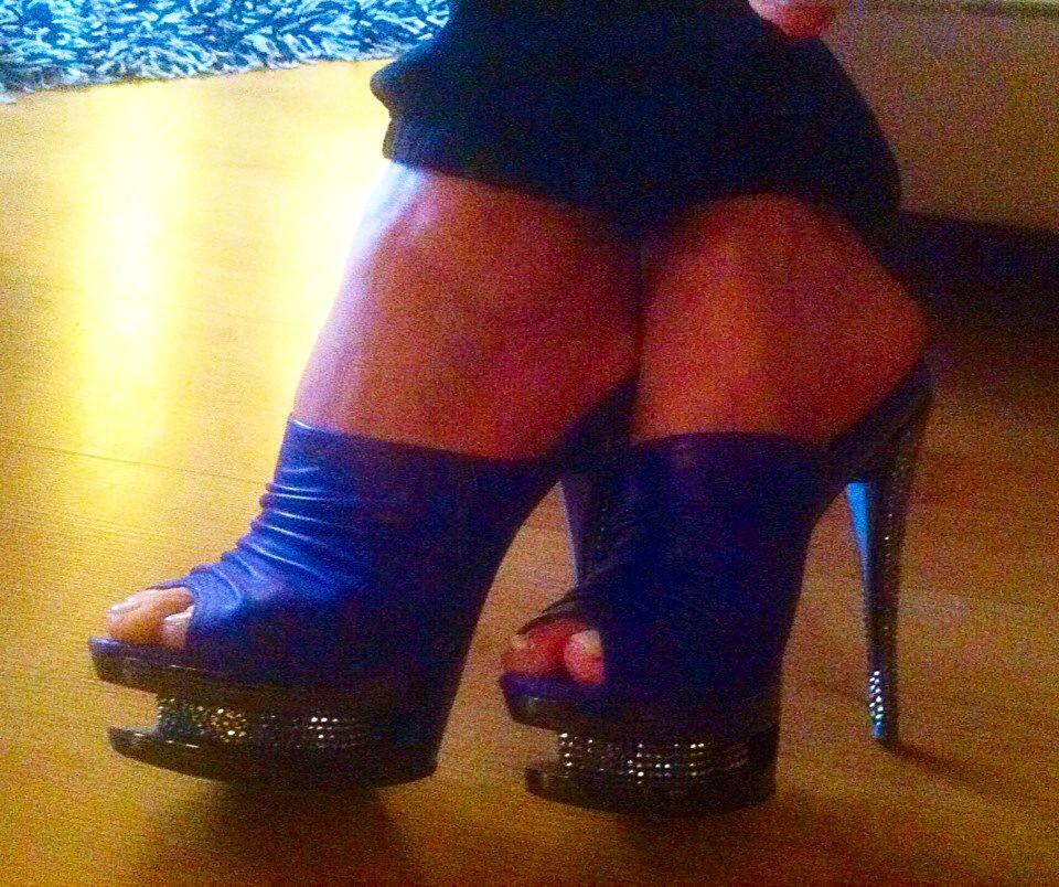 Продам Продам женские туфли - сабо кожанные