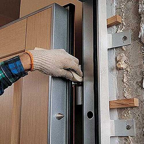 Предложение: Ремонт дверей