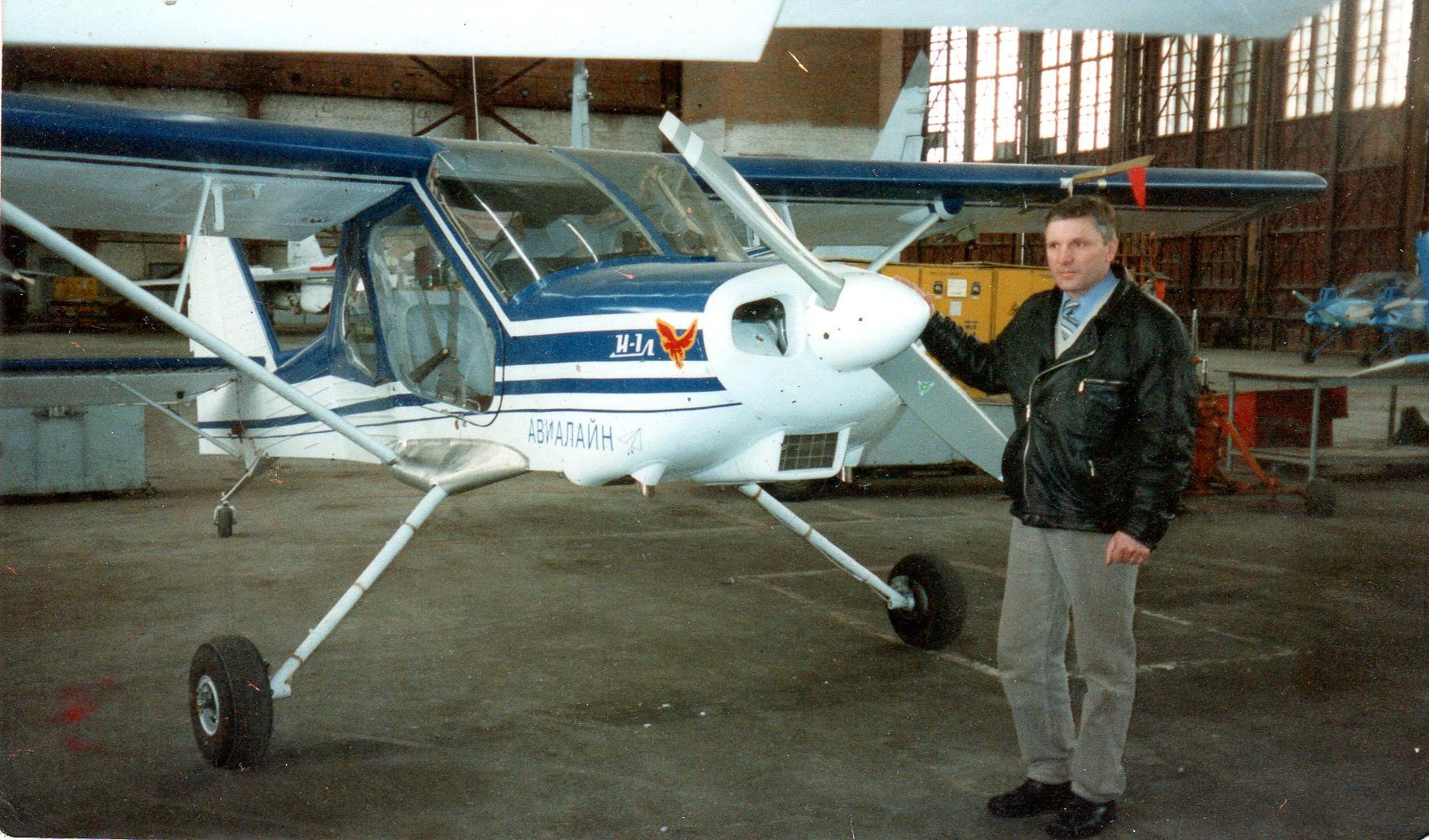 Продам Самолеты2-4х местные и аэроботы4-7 местн