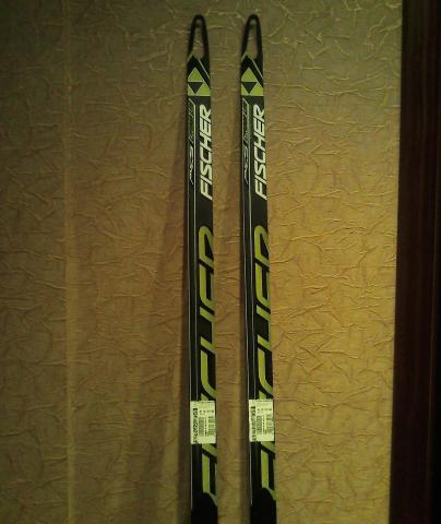 Продам Лыжи Fischer Carbonlite (спортцех)
