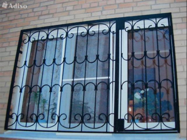 Предложение: Изготовим окна, двери, лестницы.