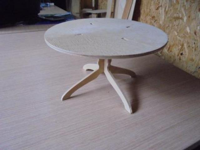 Продам Стол круглый,прямоугольный