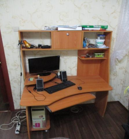 Продам Компьютеный стол