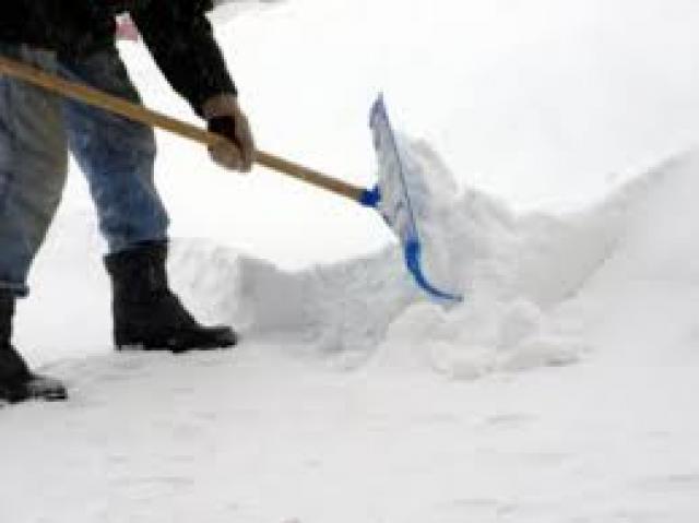 Предложение: Ручная уборка снега