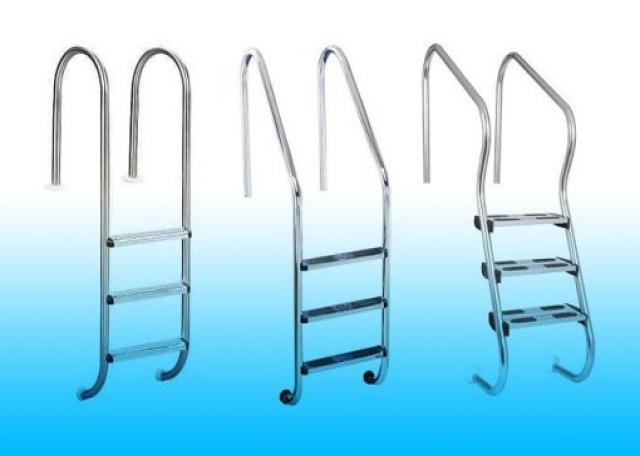 Продам: Лестница для бассейна