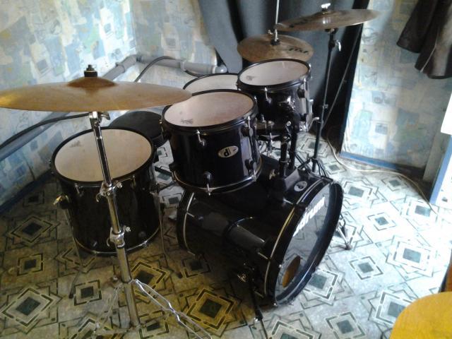 Продам Барабанная установка ddrum d120
