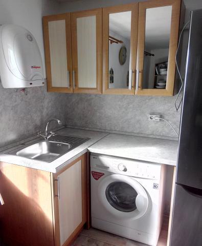 Продам Рамочная угловая кухня с зеркалом, новая