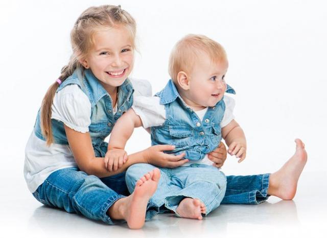 Продам дешевую джинсовую одежду для всей семьи
