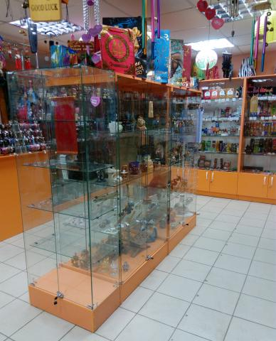 Продам Витрины стеклянные Островные отделы