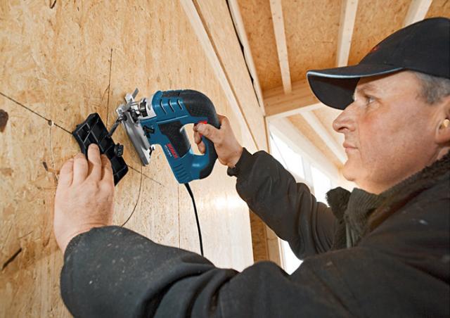 Предложение: Услуги плотника в квартире и доме