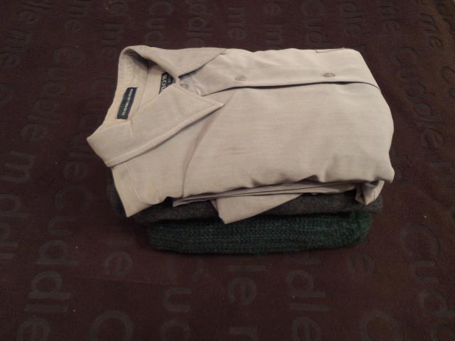 Продам Джемпера пакетом 2 шт. и рубашка