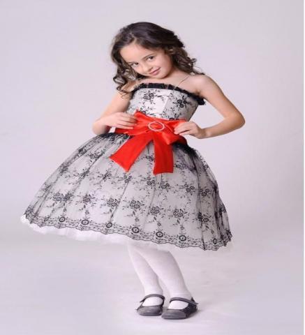 Продам Нарядные детские платья на выпускной