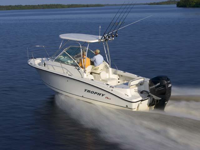 Продам Рыболовный каютный катер Trophy 2302