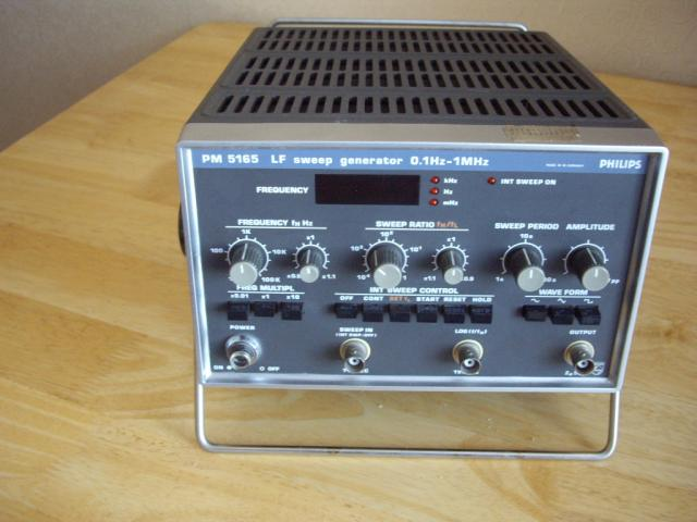 "Продам: Генератор ""PHILIPS-PM-5165"" LF sweep"