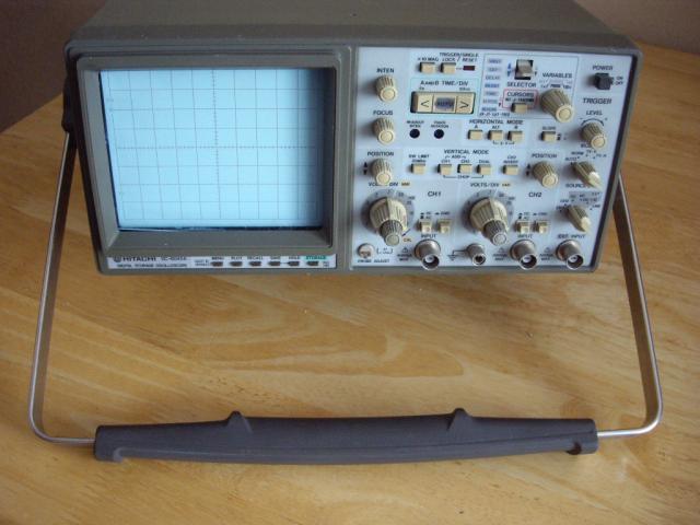 Продам Осциллограф   HITACHI    VC-6045 A