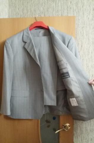 Продам Новый мужской костюм