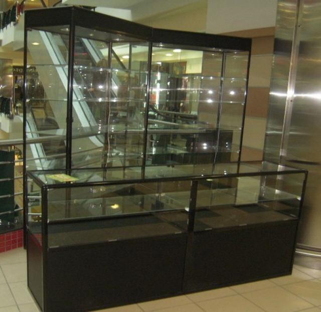 Продам Витрины стеклянные из алюминиевогопрофил