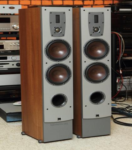 Продам акустика DALI Ikon 6