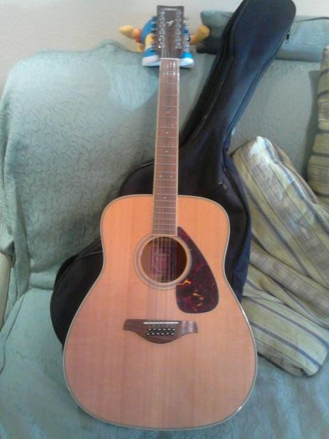 Продам Гитара Yamaha FG 720 S-12