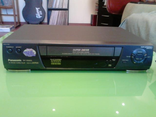 Продам Видеомагнитофон Panasonic NV-HD620