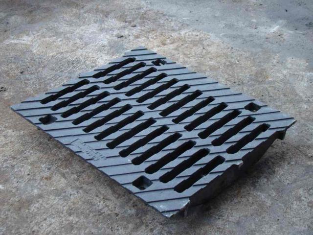Предложение: Решетки чугунные для ливневой канализаци