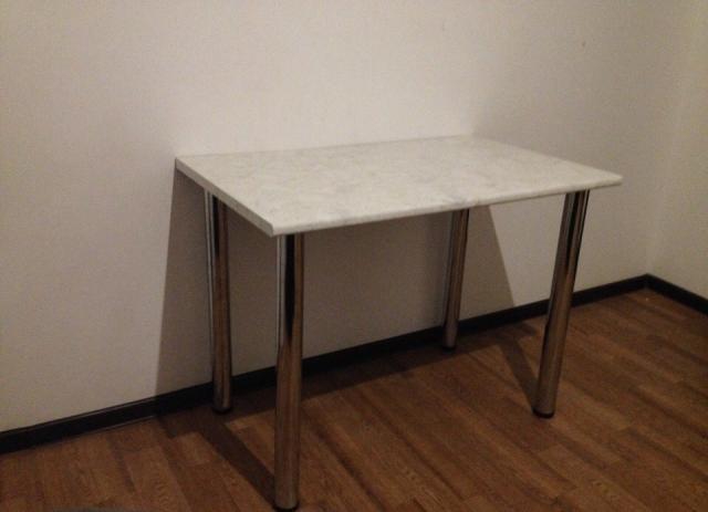 Продам Новый кухонный обеденный стол