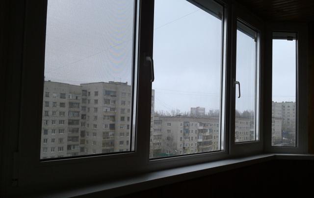 Продам раздвижные балконные рамы