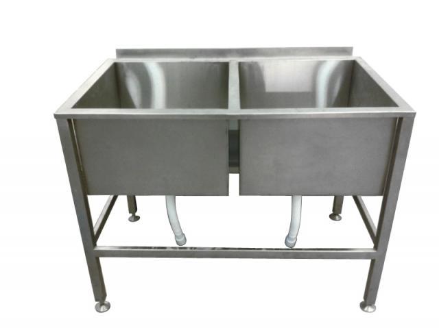 Продам Ванна моечная 2-х секционная для мойки и