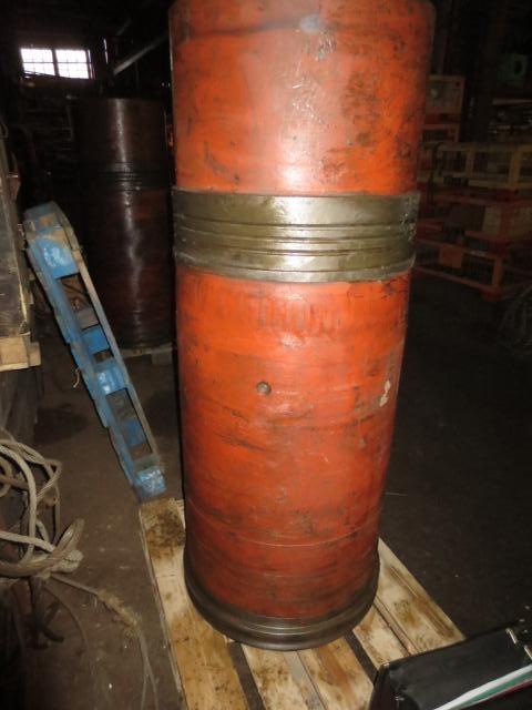 Продам ЗИП на судовой двигатель