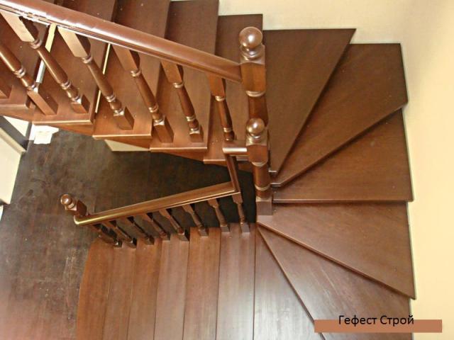 Продам Лестница на второй этаж