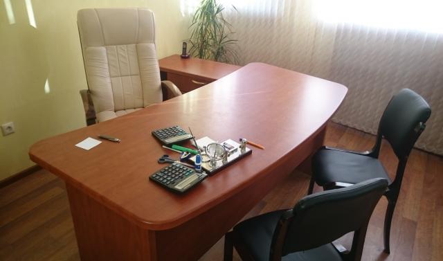 Продам: Офисная мебель бизнес-класса