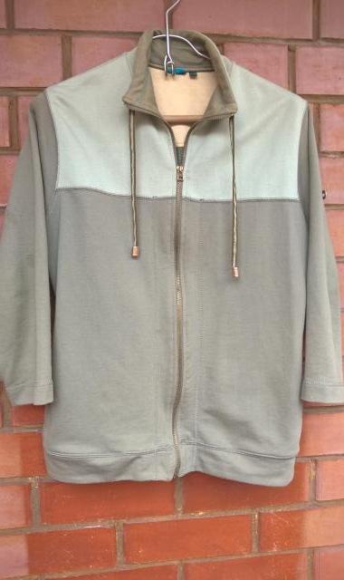 Продам Куртка – толстовка цвет «хаки». Р. 48