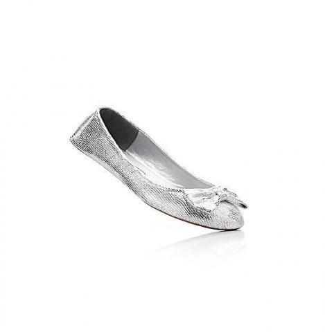 Продам Детская обувь от 699 рублей