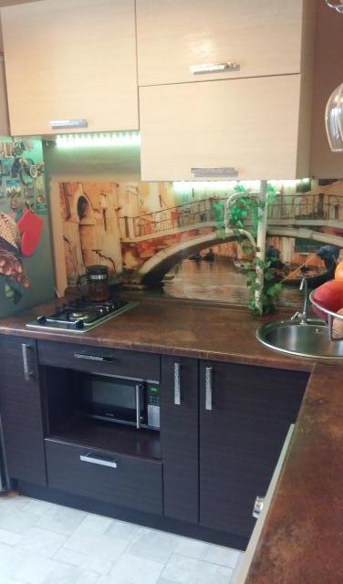 Продам: Кухонный гарнитур в идеальном состоянии