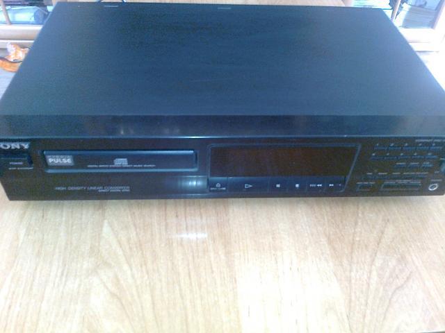 Продам CD-плеер Sony CDP-211
