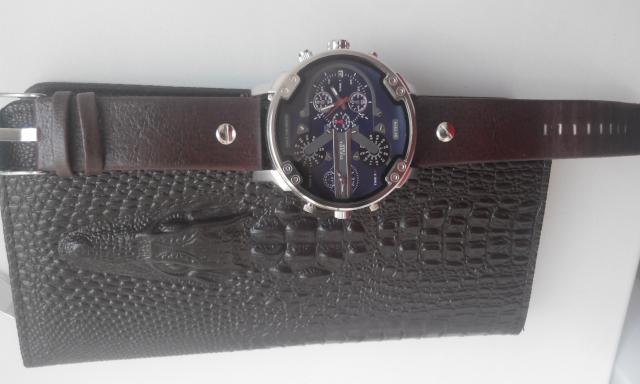 Продам Клатч и часы в комплекте мужские
