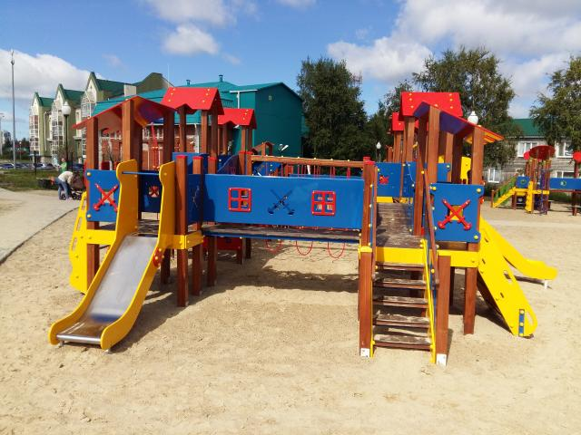 Продам: Детские игровые комплексы