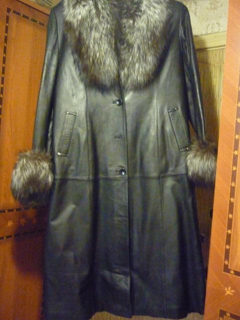 Продам Зимнее кожаное женское пальто
