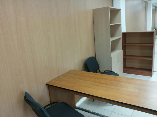 Продам: Мебель для офиса