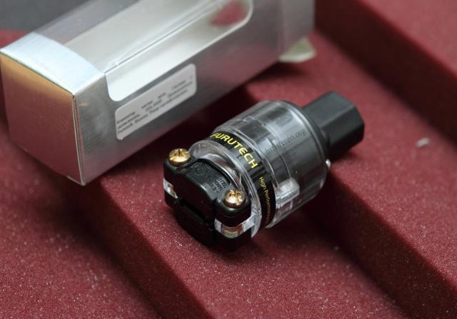 Продам IEC-коннектор Furutech FI-11(Cu) в идеал