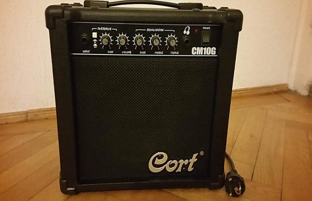 Продам Cort cm-10g продам