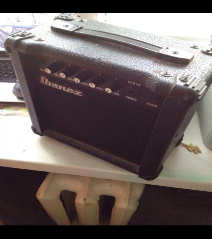 Продам Продам усилитель для электрогитары