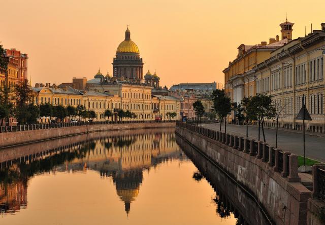 Предложение: Экскурсии по С-Петербургу и пригородам!