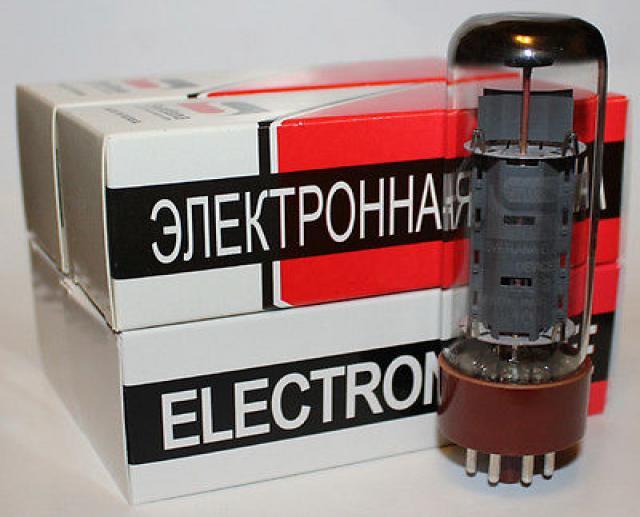 Продам Радиолампы EL34 Svetlana