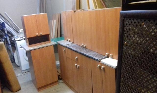 Продам кухонные полки новые - недорого