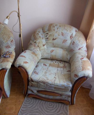 Продам Диван и 2 кресла-кровати б/у