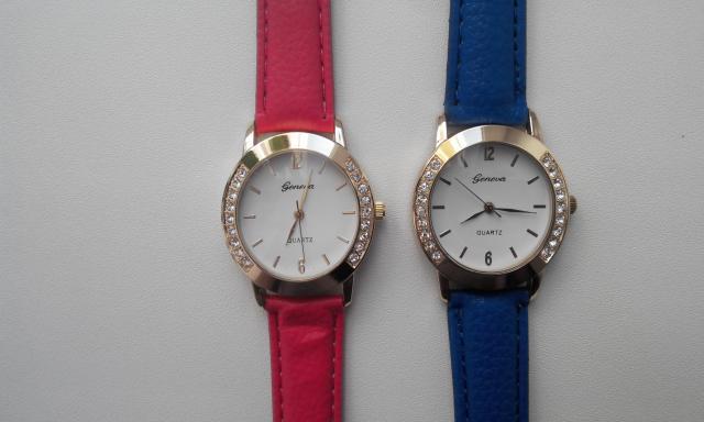 Продам Часы женские классические