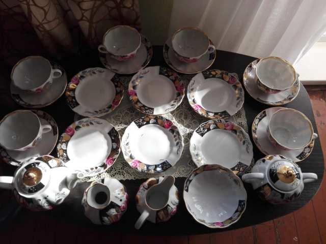 Продам Фарфоровые чайные сервизы  из СССР