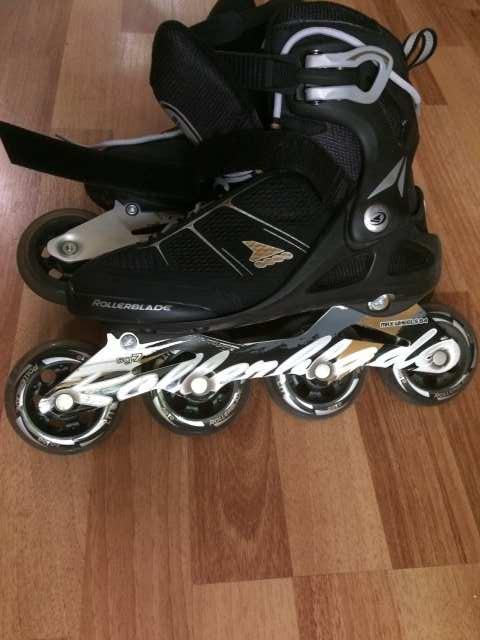Продам Роликовые коньки Rollerblade 80w